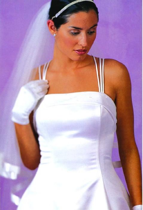 Иллюстрация 1 из 4 для Свадебное платье - Филип Деламор | Лабиринт - книги. Источник: Лабиринт