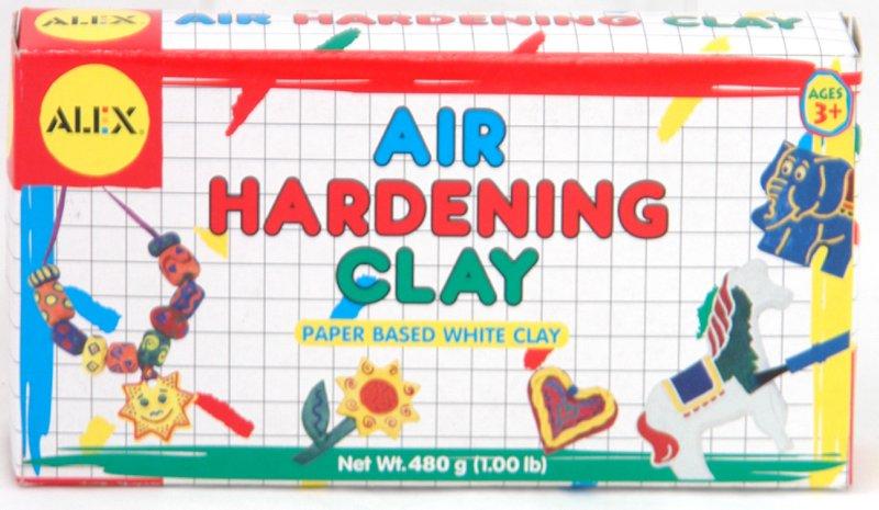 Иллюстрация 1 из 6 для Глина для лепки белая на бумажной основе (265) | Лабиринт - игрушки. Источник: Лабиринт