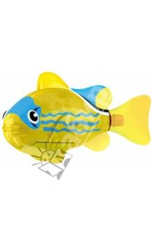 РобоРыбка Светодиодная Желтый фонарь (2541D)Роботы и трансформеры<br>Тропическая рыбка-робот не только выглядит как настоящая, она и двигается словно живая! Рыбка RoboFish свободно плавает в воде - опускаясь на дно или всплывая ближе к поверхности, оплывая преграды и меняя скорость движения. РобоРыбка работает от батареек и автоматически начинает плавать в воде. Интерактивная рыбка-робот понравится не только детям, но и взрослым!<br>Особенности: <br>- плавает как настоящая рыба<br>- реалистичные движения хвостом<br>- механизм активируется в воде <br>РобоРыбка работает на двух батарейках (в комплекте)<br>Подставка в наборе.<br>Содержит мелкие детали. Рекомендовано для детей старше 3-х лет. <br>Материал: пластмасса.<br>Сделано в Китае.<br>