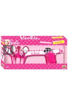 Игрушка Barbie. Пояс стилиста с аксессуарами (5779)Играем в профессии<br>С помощью Klein любой ребенок сможет почувствовать себя настоящим стилистом причесок. В комплекте есть все самое необходимое для создания неотразимого образа. Данную модель рекомендуется использовать с трехлетнего возраста. Он способствует развитию внимания, воображения и координации движений. Klein Пояс стилиста с аксессуарами Barbie - идеальный подарок маленькой моднице.<br>В наборе: пояс, зеркало, расчески, ножницы, флакончик с пульверизатор, зажим для волос - 4 шт.<br>Не рекомендовано детям младше 3-х лет. Содержит мелкие детали. <br>Для детей старше 3-х лет. <br>Производство: Китай<br>