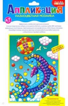 Разноцветная мозаика Дельфин (2782)Аппликации<br>Аппликация из различных материалов - это интересная забава для малышей, развивающая мелкую моторику, цветовое восприятие, терпение и усидчивость. Мягкий пластик ЭВА - современный безопасный материал, простой в использовании, не вызывает аллергии. Он может быть блестящим и матовым, гладким и шершавым, покрытым блестящей фольгой или цветной бумагой.<br>Чтобы создать объёмную аппликацию из цветных квадратиков разного вида, ребёнку нужно только снять защитную пленку с липкого слоя и приклеить деталь на рисунок.<br>Сделанная своими руками картинка - отличный подарок для родных и друзей!<br>В наборе: основа с рисунком и схемой размещения квадратиков; самоклеящиеся квадратики из мягкого пластика восьми цветов.<br>Материал: картон, мягкий пластик ЭВА.<br>Упаковка: пакет с подвесом.<br>Для детей от 4 лет.<br>Сделано в Китае.<br>