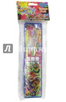 Набор для плетения браслетов из резинок (SV11707)Плетение из резиночек<br>Набор для плетения браслетов из резинок.<br>Комплектация: 1 станок для плетения, 200 штук разноцветных резинок, 12 соединительных S-клипс, 1 крючок, инструкция по применению. <br>Состав: пластмасса, резина.<br>Для детей старше  8 лет.<br>Сделано в Китае.<br>