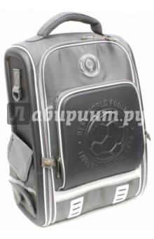 Ранец школьный Футбол (серый) (40096)Ранцы и рюкзаки для начальной школы<br>Школьный ранец имеет:<br>- 1 большое отделение на молнии с внутренними кармашками.<br>- 2 накладных боковых кармана на липучке + 1 накладной карман спереди на молнии. <br>- Жесткую EVA-спинку и боковинки.<br>- Ручку для переноски ранца в руках.<br>Длина лямок регулируется.<br>Светоотражающие вставки.<br>Материал: 100% полиэстер<br>Для школьников 6-14 лет.<br>Производство: Китай.<br>