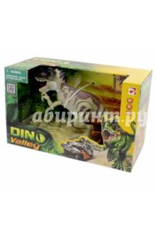 Игрушка-динозавр с подвижными частями и звуковыми эффектами. Цератозавр (520008-2)Другие виды игрушек<br>Игрушка-динозавр с подвижными частями и звуковыми эффектами. Цератозавр.<br>Работает от трех батареек типа LR44. <br>Не предназначено для детей до трех лет - содержит мелкие детали. <br>Упаковка: картонная коробка.<br>