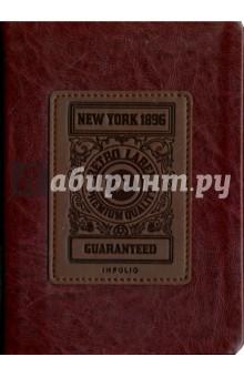 Ежедневник недатированный Western. 96 листов (AZ174/bordo)Ежедневники недатированные и полудатированные А6<br>Обложка - мягкая, классический материал, имитирующий натуральную кожу, цвет - бордовый. <br>Блок - недатированный, 320 стр., прямые уголки, 1 ляссе, форзац - печать 1+0, информационный блок, бумага: 100 % белизны, 70 г/м2, печать 2+2. <br>Особенности: нашивка с тиснением.<br>Формат: 120х170.<br>