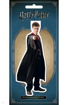 Фигурная магнитная закладка Гарри ПоттерЗакладки для книг<br>Официальные продукты по магической вселенной! Впервые на рынке большие магнитные закладки с изображением персонажей Гарри Поттера!<br>Легендарная волшебная вселенная теперь и в книжных магазинах.<br>Суперкрутой сувенир для фанатов Гарри Поттера, а также надёжный помощник для школьника и студента. Закладка изготовлена по принципу клипсы: зажимает страницу книги между двух магнитов, выполнена из плотного ламинированного картона. Удобный формат позволяет выделять одну или несколько страниц сразу, и можно продолжить чтение с того места, где остановились.<br>Те, кто любит читать книги и не владеет магией, понимает необходимость закладки: благодаря ей легко находится нужная страница без всяких магических заклинаний. Чаще всего книгочеи и волшебники вставляют в книгу то, что попадается под руку - пергамент и перо. Но ведь гораздо приятнее пользоваться закладкой с изображением любимых персонажей!<br>