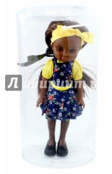 Кукла Джессика (10174)Куклы<br>Милая кукла по имени Джессика мечтает подружиться с вашей девочкой. Она оделась в синее платьице с цветами, а пышные волосы украсила желтой лентой. Ручки и ножки куклы хорошо гнутся, ее можно водить за ручку или катать в коляске. <br>Состав: пластмасса, ПВХ, текстиль.<br>Для детей от 3-х лет.<br>Сделано в России.<br>