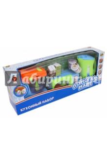 Кухонная техника с продуктами, 10предметов (РТ-00484)Бытовая техника<br>Игрушки - предметы игрового обихода: кухонный набор.<br>В наборе 10 предметов:  микроволновая печь, чаша, миксер, чайник , упаковка мороженого , упаковка молока, упаковка фруктового сока, курица, тарелка, упаковка пончиков.<br>Материал: пластмасса.<br>Для детей от 3 лет.<br>Сделано в Китае.<br>