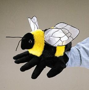 Иллюстрация 1 из 2 для Марионетка: Пчела   Лабиринт - книги. Источник: Лабиринт