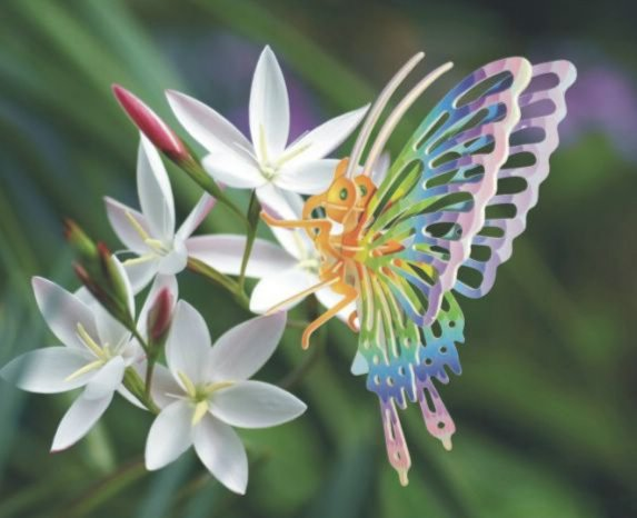 Иллюстрация 1 из 13 для Бабочка большая: Сборная модель | Лабиринт - игрушки. Источник: Лабиринт