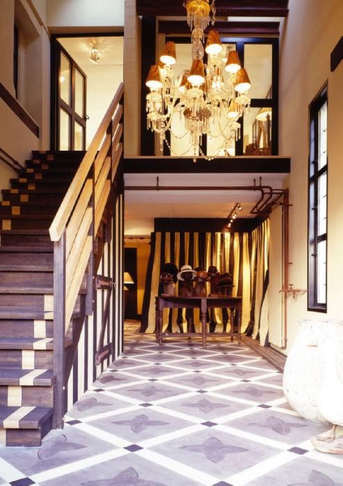 Иллюстрация 1 из 19 для Luxury Houses City - Paredes Benitez | Лабиринт - книги. Источник: Лабиринт