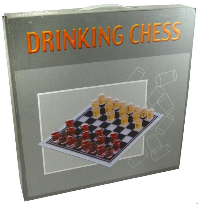 Иллюстрация 1 из 2 для Игра настольная Шахматы (с рюмками) (24931) | Лабиринт - игрушки. Источник: Лабиринт