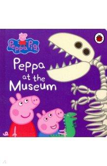 Купить Peppa at the Museum, Ladybird, Первые книги малыша на английском языке